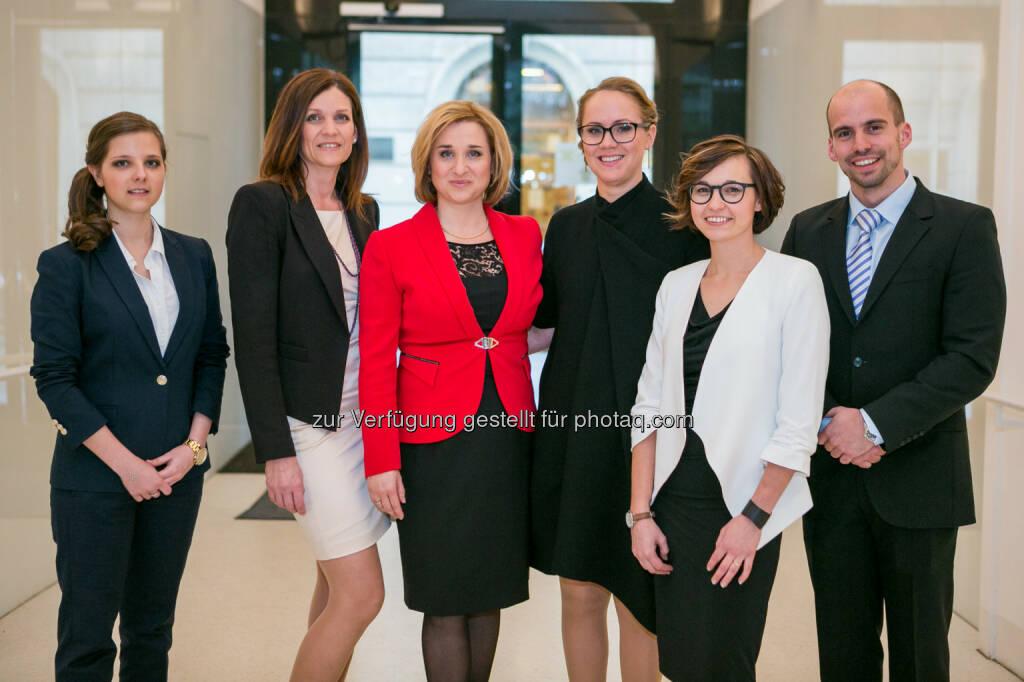 RVW-Team (Raiffeisen Vorsorgewohnungserrichtungs GmbH) : Die RVW feierte ihr zehnjähriges Firmenjubiläum : Fotocredit: RVW/Florence Stoiber, © Aussendung (02.05.2016)