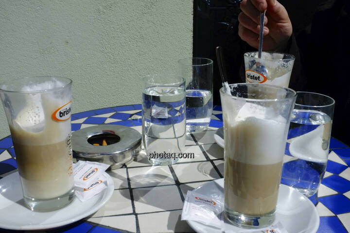 Kaffee, Wasser, bristot