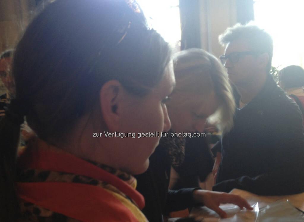 Cornelia Daniel, Birgit Schielin, Max Meissl, © Bilder Max Meissl bzw. diverse Smartphones (13.04.2013)