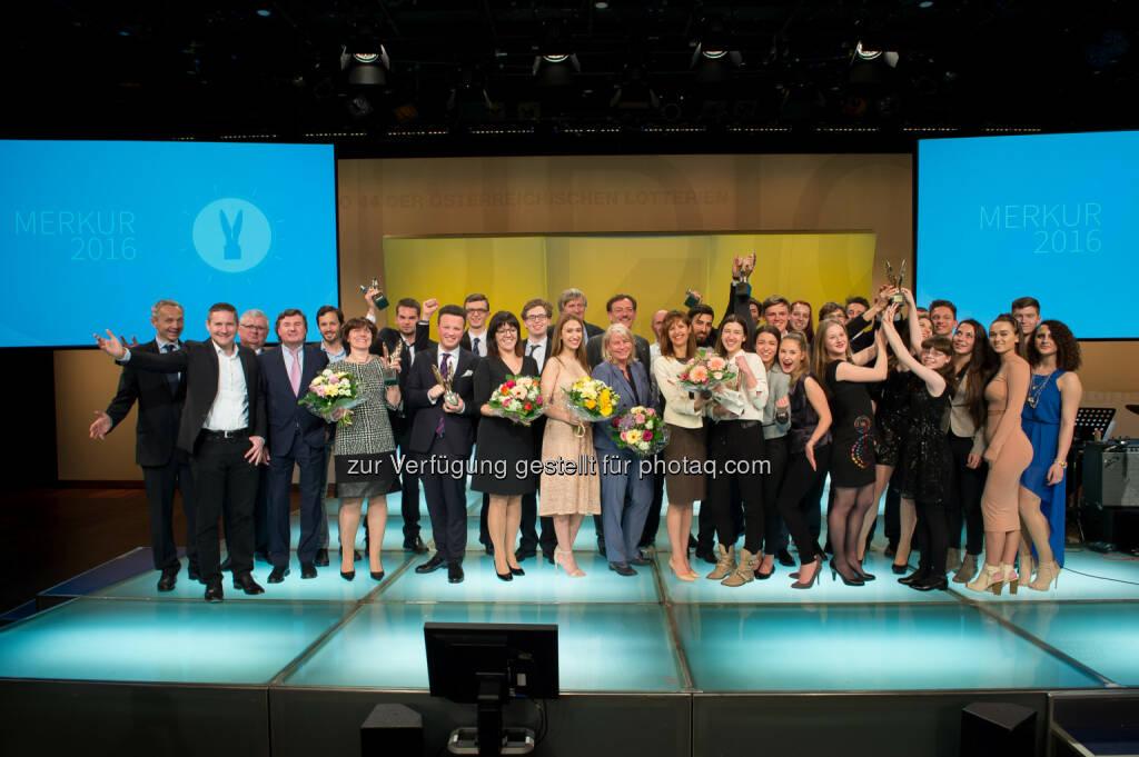 Verleihung Merkur Awards 2016 : Vergabe an herausragende Schulprojekte und Persönlichkeiten : Fotocredit: Fonds der Wiener Kaufmannschaft/APA-Fotoservice/Hörmandinger, © Aussendung (04.05.2016)