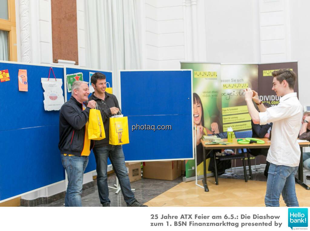 1. BSN Finanzmarkttag Goodie Bags: http://www.photaq.com/page/index/2508, © Martina Draper/photaq (07.05.2016)