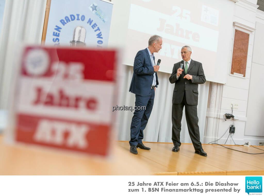 Christian Drastil, Michael Buhl auf der Bühne der OeKB, © Martina Draper/photaq (07.05.2016)