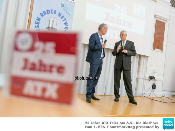 Christian Drastil, Michael Buhl auf der Bühne der OeKB