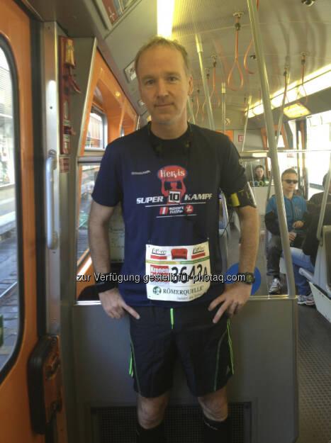 Christian Drastil, U-Bahn, siehe auch http://www.christian-drastil.com/2013/04/14/marathon-anekdote_war_ich_da_auf_der_schaufel (14.04.2013)
