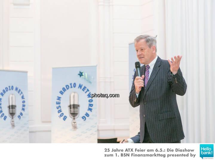 Dr. Eduard Zehetner Chart Challenge http://www.photaq.com/page/index/2503