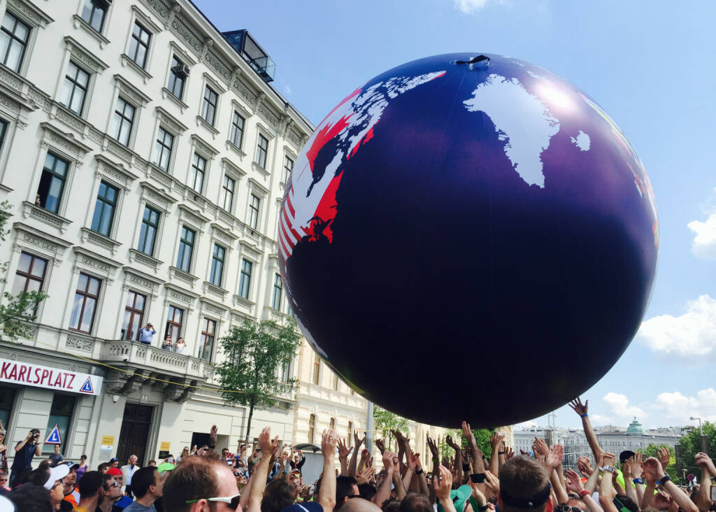 Welt Hände Wings For Life World Run Wien (08.05.2016)