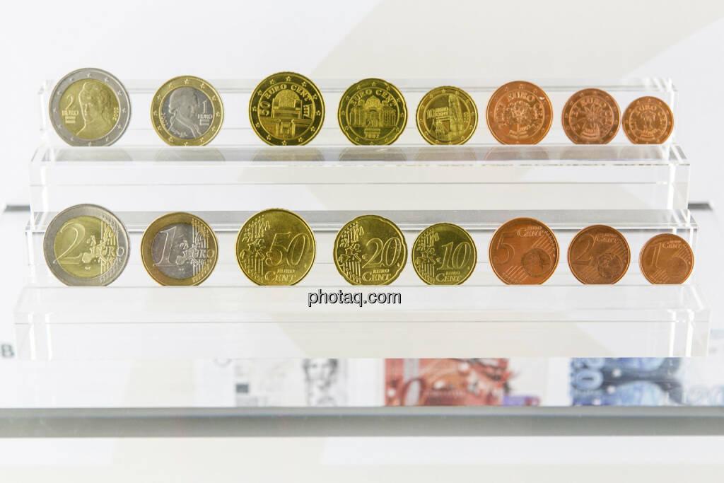 alle österreichischen Euromünzen (Vorder- und Rückseite), von 1 Cent bis 2 Euro, © finanzmarktfoto.at/Martina Draper (15.04.2013)
