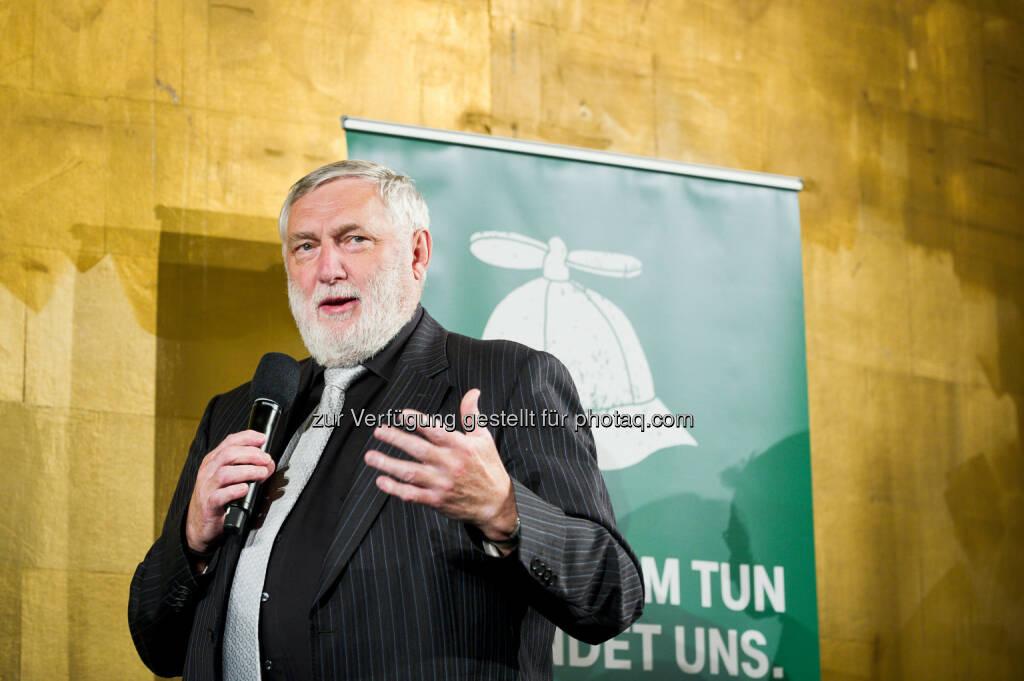 Franz Fischler (TUN-Jury-Vorsitzender) : T-Mobile Umwelt- und Nachhaltigkeitsfonds vergibt 50.000 Euro für die besten nachhaltigen Innovationen : Fotocredit: T-Mobile/TEDxAmRing/Auer, © Aussender (12.05.2016)