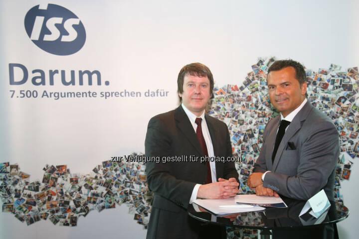 Edwin Schäffer (Österreichischer Integrationsfonds), Erich Steinreiber (Geschäftsführung ISS Österreich) : 60 Jahre ISS Facility Services in Österreich : Fotocredit: ISS/Schedl