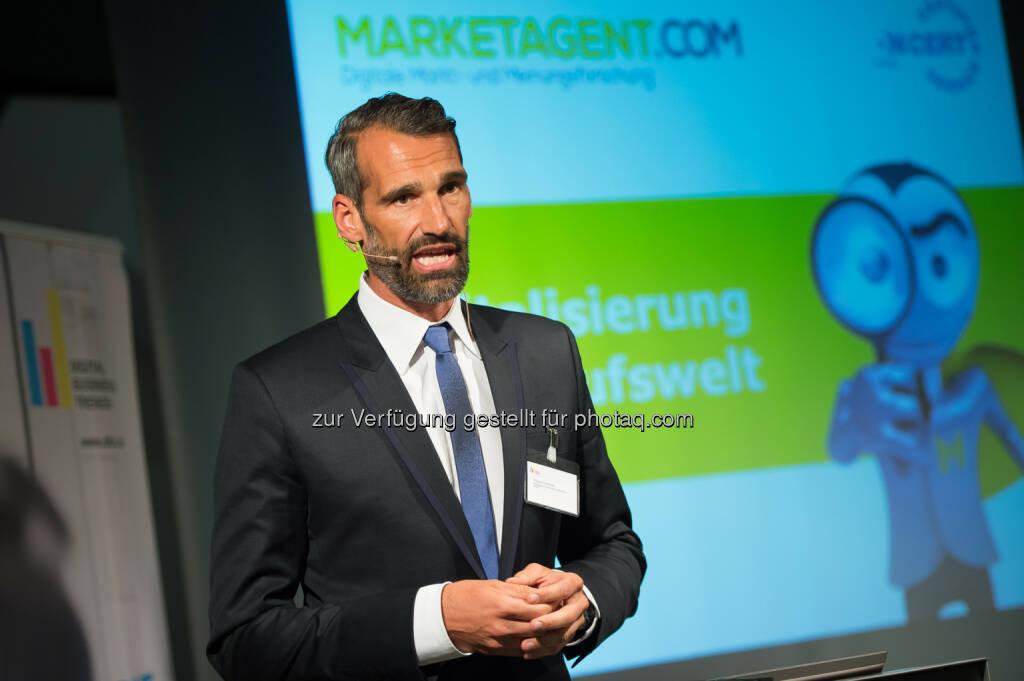 Thomas Schwabl, GF Marktforschungsinstituts Marketagent.com : Digitalisierung vernichtet Jobs, schafft Jobs - Bilanz noch unklar : Fotocredit: APA-Fotoservice/Hörmandinger, © Aussender (20.05.2016)
