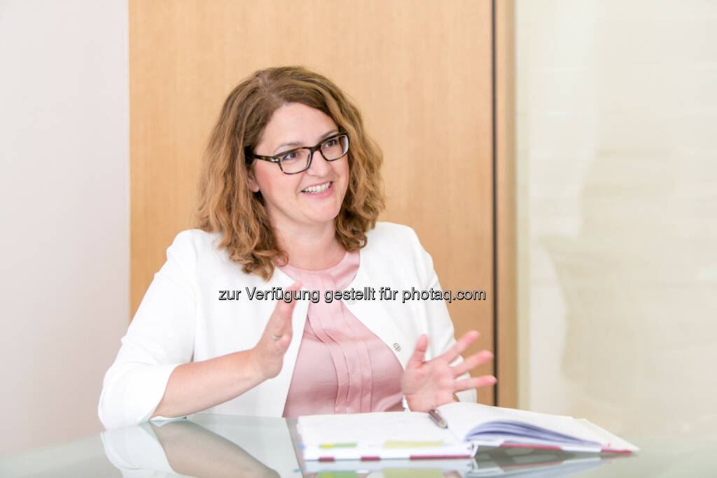 Gudrun Meierschitz, Kreditprüfungsexpertin Prisma : Südosteuropa-Index ortet Stimmungstief : Schlusslicht Kroatien mit Hoffnung auf Besserung : Fotocredit: Prisma/Draper, © Aussender (24.05.2016)