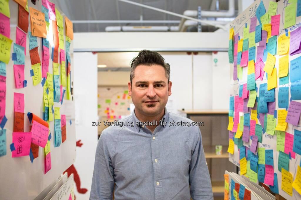 "Frederik G. Pferdt (Head of Innovation & Creativity bei Google & Headliner beim ""Forum Creative Industries 2016"") : Google-Meeting in der Tabakfabrik Linz : Fotocredit: Angela Pferdt (24.05.2016)"