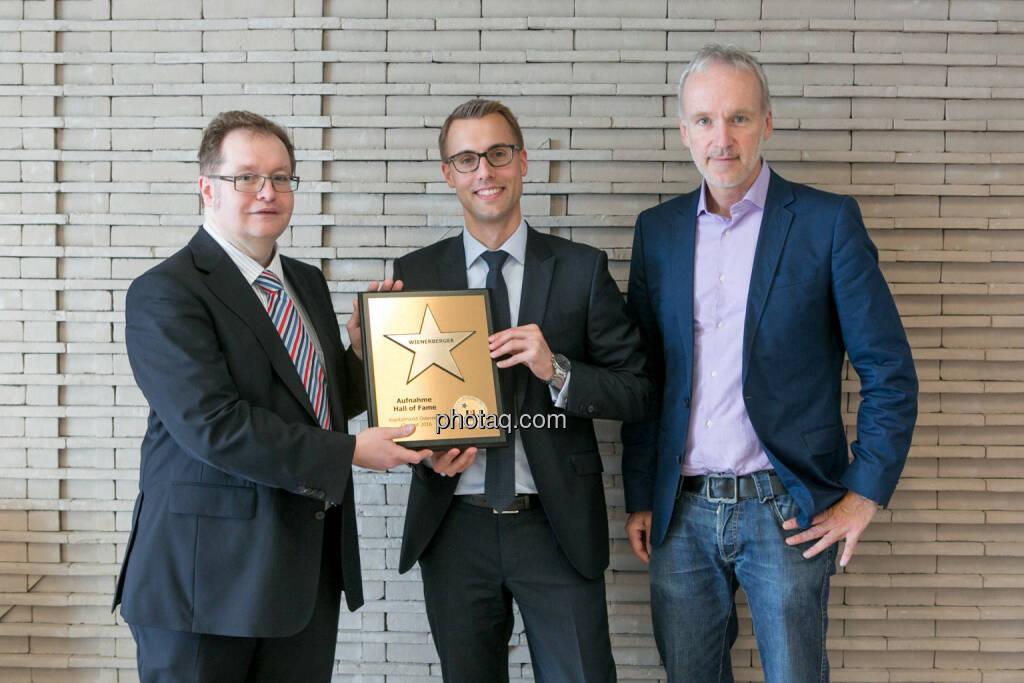 Gregor Rosinger (Rosinger Group), Klaus Ofner (Wienerberger), Christian Drastil (BSN), © Martina Draper/photaq (24.05.2016)
