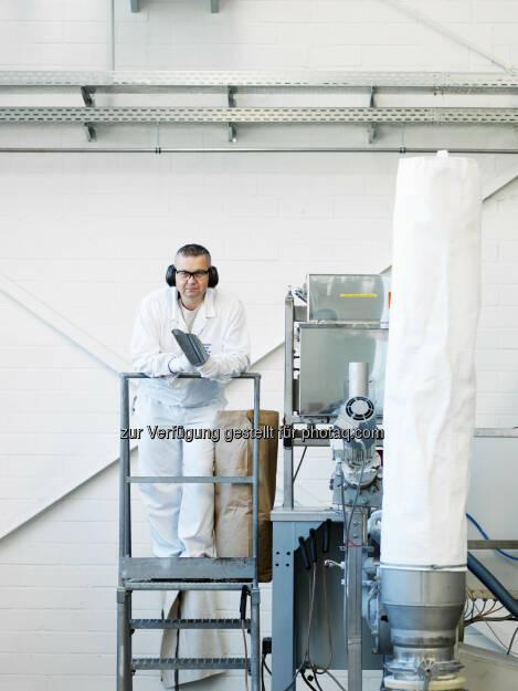 Dressler Group GmbH & CoKG (Kunststoffvermahlung für 3D-Druck) : Dressler Group optimiert Kunststoffpulver für den 3D-Druck : Fotocredit: Dressler Group/Nägele, © Aussender (01.06.2016)