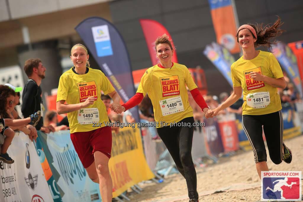 X-Cross Run, Wiener Bezirksblatt, © Sportograf (06.06.2016)