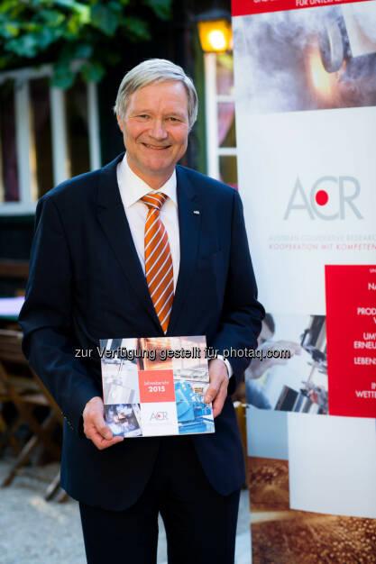 Martin Leitl (ACR-Präsident) : Austrian Cooperative Research Bilanz 2015 : ACR setzt Wachstumskurs fort und richtet Strategie neu aus : Fotocredit: S.E.A.N.-Art/Brunnbauer, © Aussender (08.06.2016)