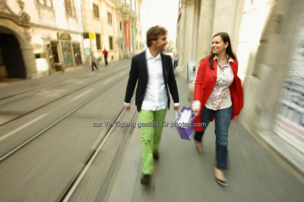 Einkauf in der Grazer Innenstadt : Kapsch BusinessCom sorgt für die digitale Vermessung der Grazer Innenstadt : Frequenzmessung für modernes Stadtmarketing und Innenstadthandel : Fotocredit: Graz Tourismus - Harry Schiffer, © Aussender (08.06.2016)