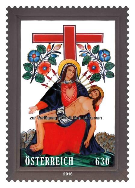 """Marke """"Pietà am Kreuz"""" : Österreichische Post präsentiert weltweit erste Briefmarke aus Glas : Fotocredit: Österreichische Post, © Aussender (09.06.2016)"""