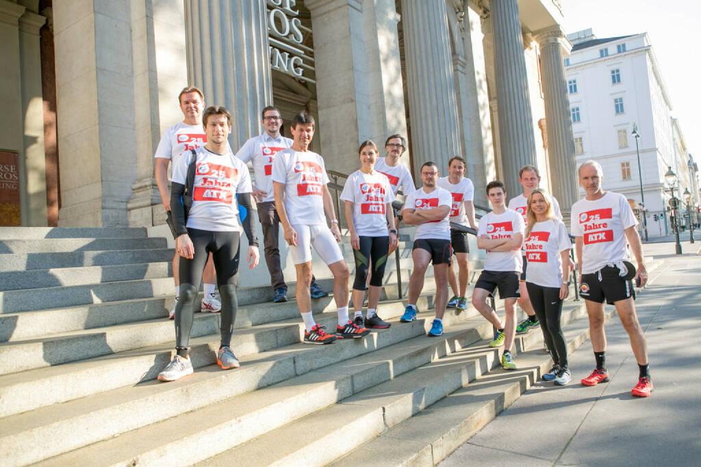 Team  (25 Jahre ATX - Lauf in rot-weiss-rot ) (09.06.2016)