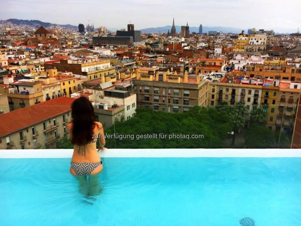 Spanien Barcelona Pool Sommer, © Aussender (13.06.2016)