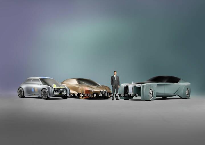 """Mini Vision Next 100, BMW Vision Next 100, Rolls-Royce Vision Next 100, Harald Krüger (Vorsitzender des Vorstands der BMW AG) : Die BMW Group eröffnete heute ihre Ausstellungs- und Veranstaltungsplattform """"Iconic Impulses. The BMW Group Future Experience"""" im Roundhouse in London : © BMW Group"""