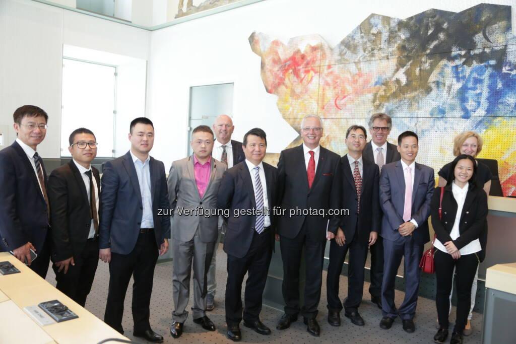 Reinhart Rohr (Erster Landtagspräsident), Delegation aus China : Ausbau der Wirtschaftsbeziehungen mit China : Fotocredit: Kärntner Landtag/Wajand, © Aussendung (17.06.2016)
