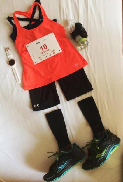 Laufbekleidung, Ausrüstung Monika Kalbacher für den Mozart 100 (18.06.2016)