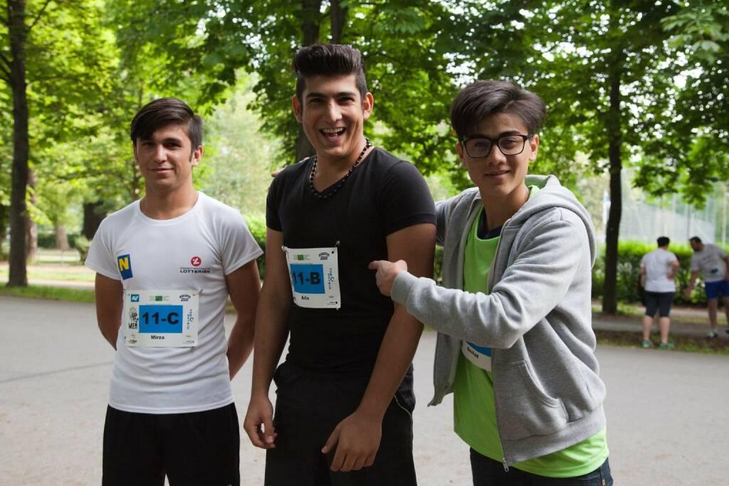 Laufteam Haus Roshan beim 100-km-(Staffel-)Lauf in Wien (c) Andreas Ecker, © Diverse  (20.06.2016)