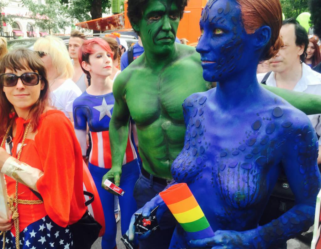 Super Helden Muskeln Blau, © diverse photaq (20.06.2016)