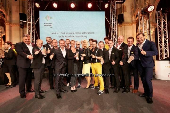 Antenne Delegation : Radiopreis: Zwei Mal Gold für die Antenne : Antenne Steiermark hat die Beste Moderatorin Österreichs, Antenne Kärnten die Beste Comedy : Fotocredit: Antenne Steiermark/Klimpt