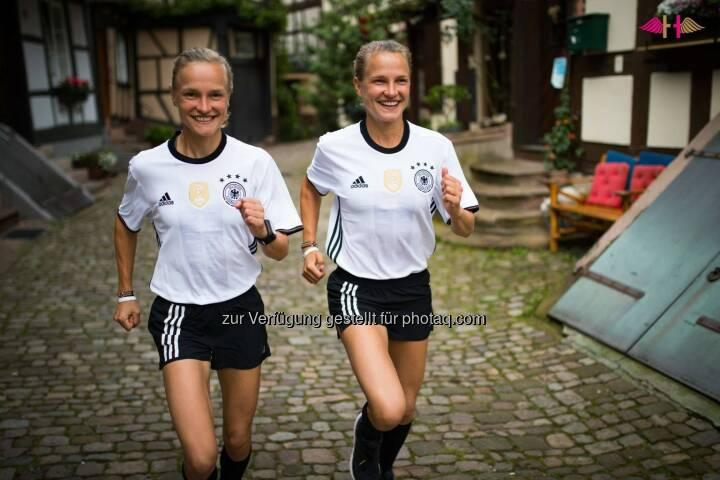 Anna und Lisa Hahner, Deutschland, Fussball