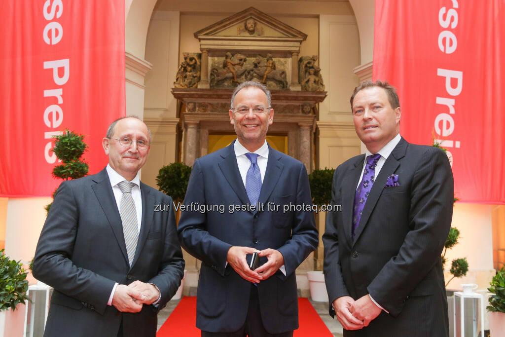Börse-Vorstände Koblic und Nießen mit Wienerberger-CEO Scheuch  (Bild: Wiener Börse, Richard Tanzer) (21.06.2016)