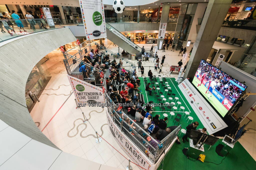 "Wien Mitte The Mall: ""Mini-Stadion"" ist Publikumsmagnet: Fotocredit: OpticalEngineers, © Aussendung (22.06.2016)"