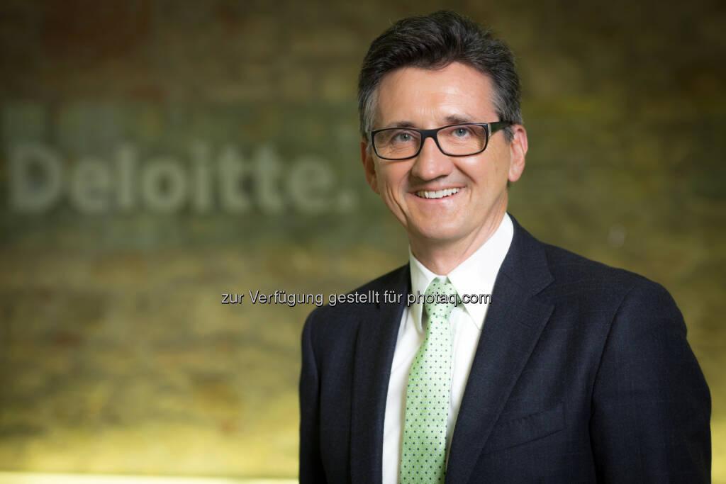 Bernhard Gröhs (Deloitte) : Deloitte Future Fund: 1 Million Euro und 10.000 Arbeitsstunden für soziale Projekte : Fotocredit: APA-Fotoservice/Hinterramskogler, © Aussender (24.06.2016)