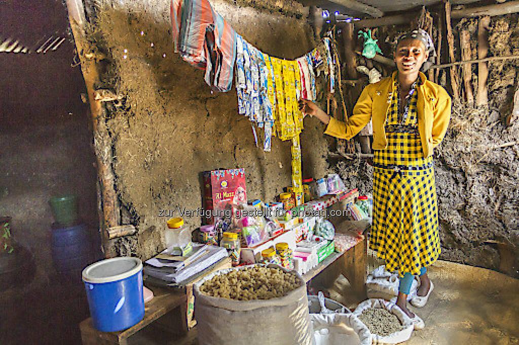 Kabenu Bekel : Eine der Frauen im Washa Catchment, die von der Arbeit von Menschen für Menschen profitierten : Dank des Kleinkreditprogramms führt sie ihren eigenen Shop : Ein Spenden-Euro an Menschen für Menschen ist 26,60 Euro wert :  Fotocredit: Menschen für Menschen, © Aussender (28.06.2016)