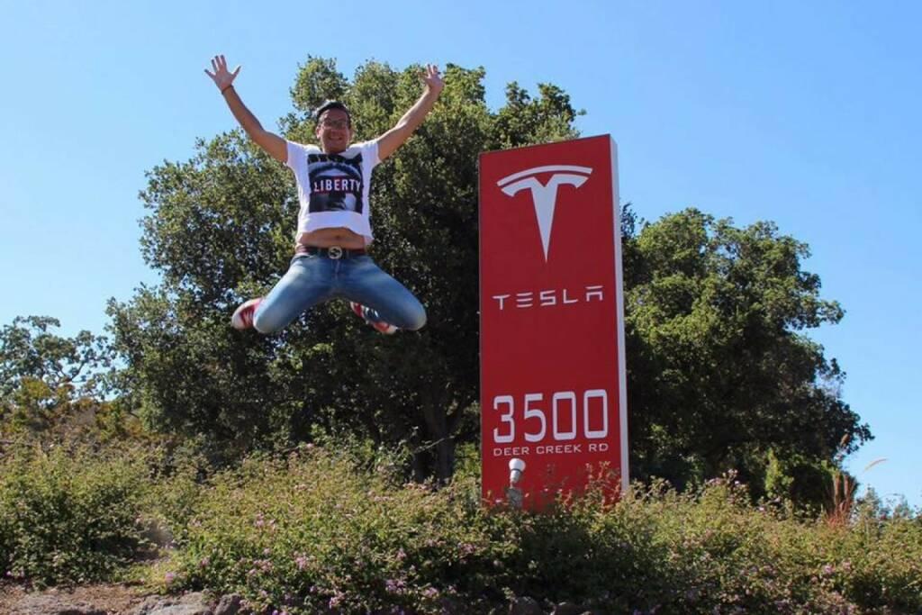 Tesla Jump (c) Christian Röhl (30.06.2016)