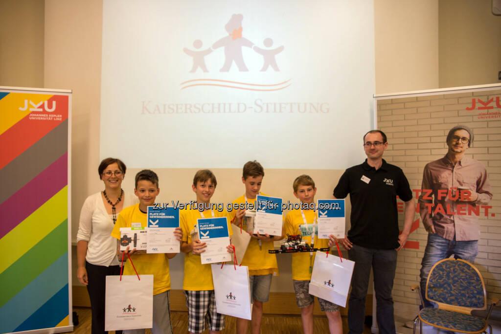 Team Terminal 1 vom Europagymnasium Auhof (Gewinner 1. Platz) : Erlebe Technik 2016 : Roboterbauspaß für Schüler an der JKU : Fotocredit: JKU, © Aussendung (01.07.2016)