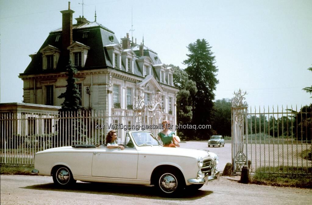 "Peugeot 403 Cabriolet (von 1956 bis 1961) : 60 Jahre Peugeot 403 Cabriolet (""Inspektor Columbos Dienstwagen"") : Fotocredit: Automobiles Peugeot, © Aussendung (06.07.2016)"