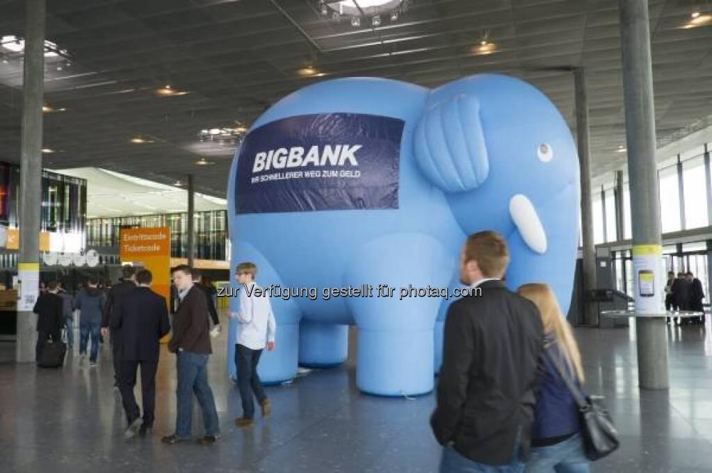 BigBank, Elefant, Invest 2013 in Stuttgart - http://www.messe-stuttgart.de/invest/ (19.04.2013)