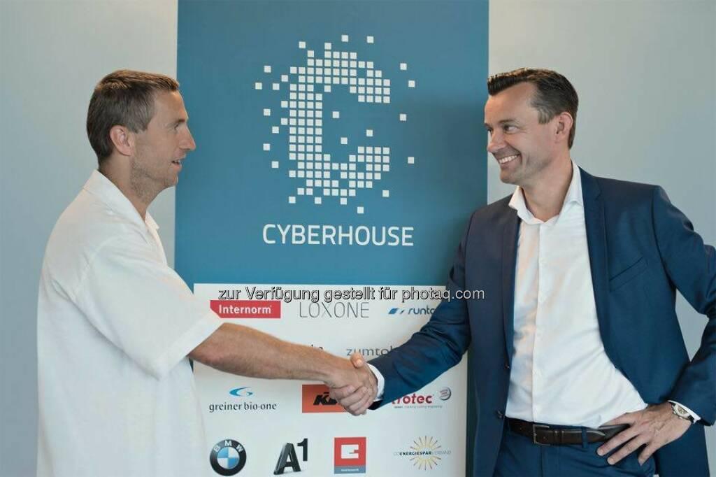 Andreas Stöckl (GF Cyberhouse GmbH), Gerhard Kürner (GF Lunik2 Holding GmbH) : Lunik2 expandiert weiter : Mehrheitliche Beteiligung an der Digital Agentur Cyberhouse : Fotocredit: Lunik2/Cyberhouse, © Aussendung (09.07.2016)