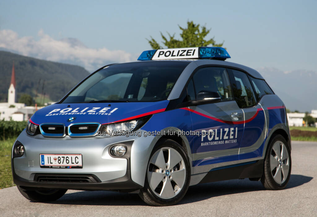 Elektrischer BMW i3 : Zum ersten Mal als Polizeifahrzeug in Österreich im Einsatz bei der Polizei der Marktgemeinde Wattens : Fotocredit: ©BMWGroup, © Aussendung (09.07.2016)