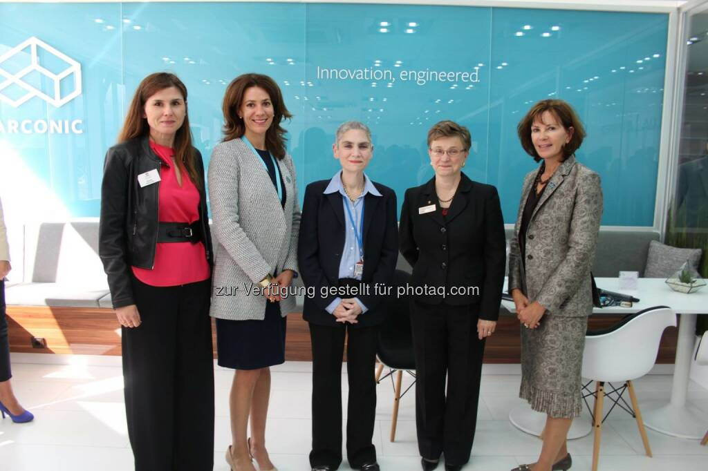 """Alcoa is proud to host a Women in Aviation event at Farnborough. The event underscores Alcoa's - and the industry's - commitment to advancing leadership opportunities for women in aerospace,"""" said Margaret Cosentino, Senior Vice President, Business Development, Alcoa Defense. U.S. State Department Ambassador Tina Kaidanow provided remarks on the importance of diplomacy in military cooperation. The gathering of senior level industry and government representatives were also treated to a fly by of the Joint Strike Fighter.  Source: http://facebook.com/alcoa, © Aussendung (14.07.2016)"""