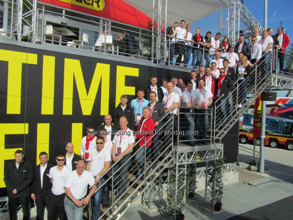 Time - Palfinger bei der weltweit größtne Fachmesse für Baumaschinen in München, der Bauma 2013 (c) Palfinger (21.04.2013)