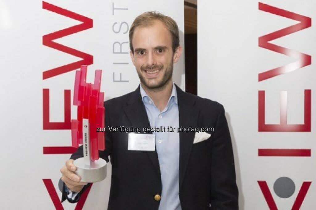 Florian Tursky (GF 3D Elements) : Das 3D Fotostudio Dagubert des Tiroler Start-ups 3D Elements wurde beim Finale der IFA Preview 2016 in München mit dem Preview-Award für Innovationen ausgezeichnet : Fotocredit: 3D Elements, © Aussendung (16.07.2016)