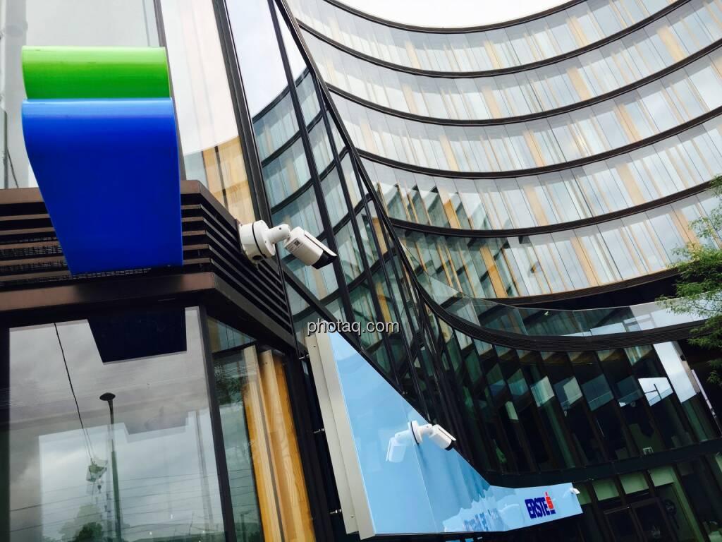 Erste Campus, Bankomat, Überwachungskamera, © photaq.com (16.07.2016)