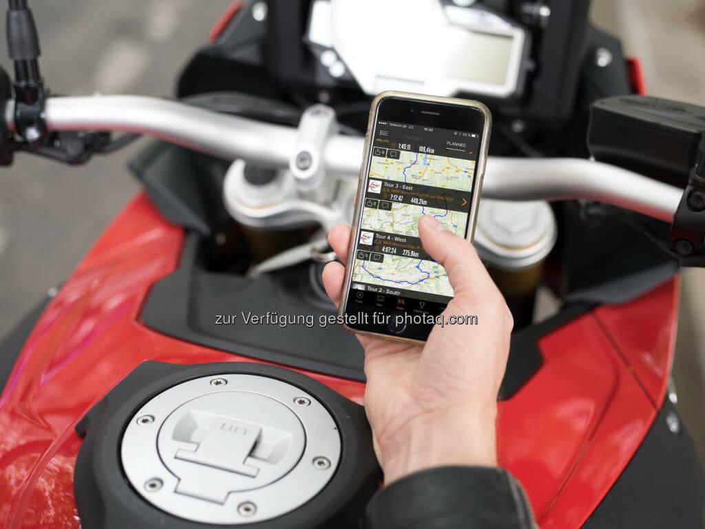 BMW Motorrad und Mobiltechnologie-Unternehmen Rever gehen Partnerschaft ein : Aufbau einer weltweiten Motorrad-Community :  Fotocredit: ©BMW Group, © Aussendung (18.07.2016)
