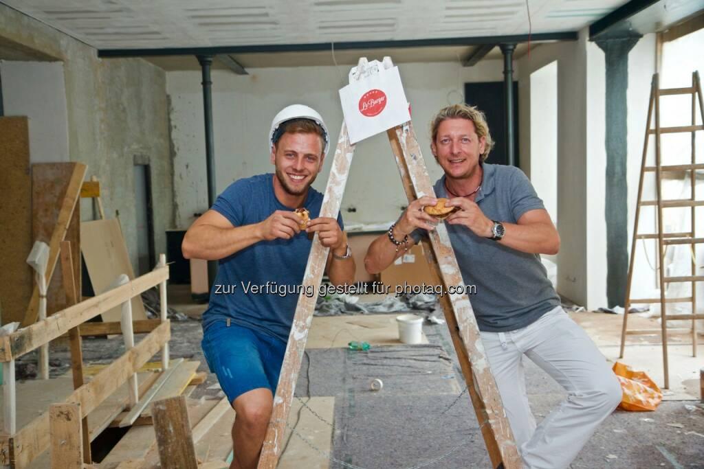 Lukas Tauber (GF LeBurger), Ingo Faust (COO LeBurger) : LeBurger: Mariahilfer Straße bekommt Edel-Burger-Restaurant : Fotocredit: LeBurger, © Aussender (19.07.2016)