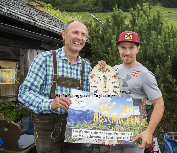 Leo Bauernberger (GF SalzburgerLand Tourismus GmbH), Marcel Hirscher (Skistar) : Medientag auf der Stuhlalm : Fotocredit: SalzburgerLand Tourismus/Neumayr/Leo
