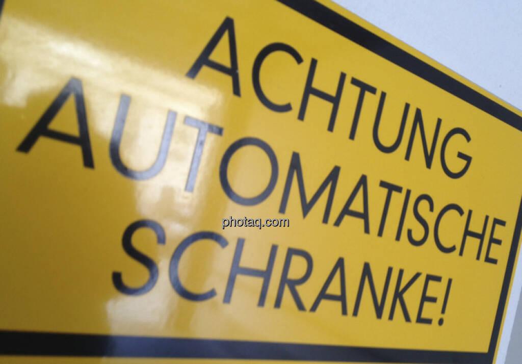 Achtung automatische Schranke (22.04.2013)