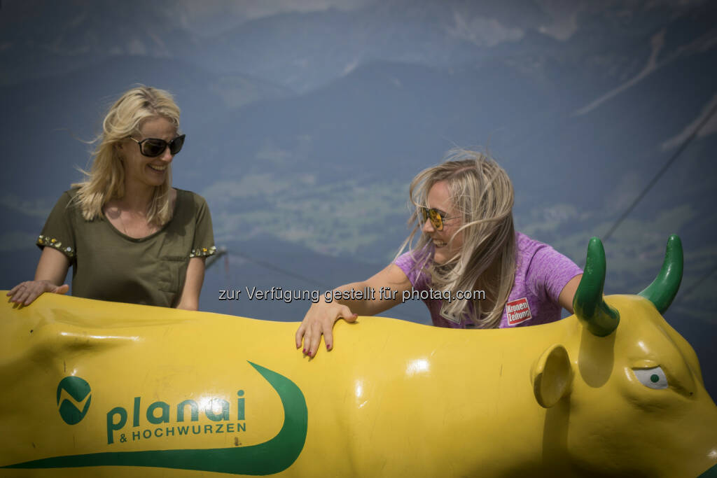Yes Bulle bullish Marlene Scheidl, Tamara Tippler für Plainai/Hochwurzen  ©Manü Cherlias MC Photography CherliasCom - MC Photography, © Aussendung (25.07.2016)